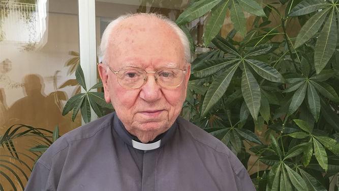 sacerdote-Jose-Gutierrez-Mora_1212489249_79965370_667x375